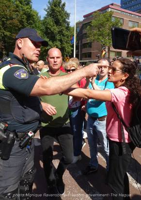 Freedom-210907-government-police-deescalation