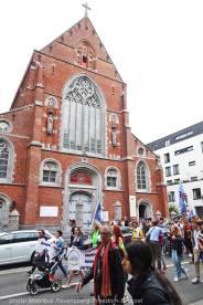 Freedom-210911-Brussel-march-18-church