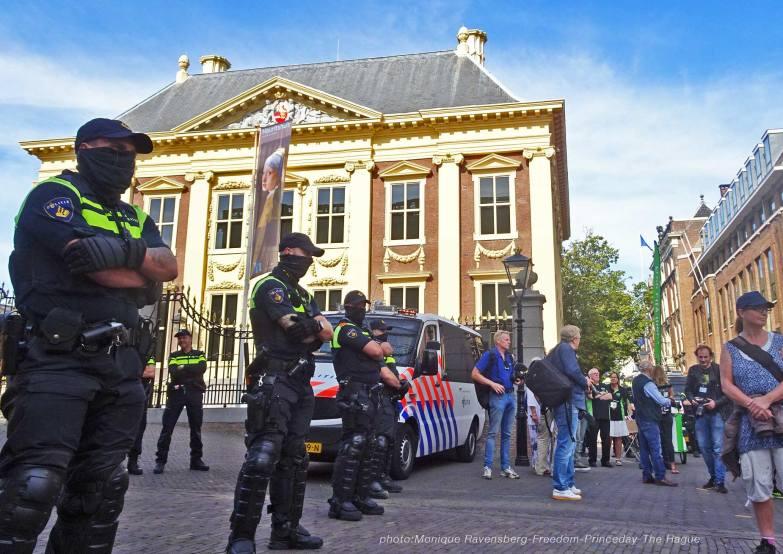 Freedom-210921-The-Hague-block2