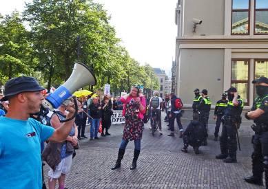 Freedom-210921-The-Hague-megaphone