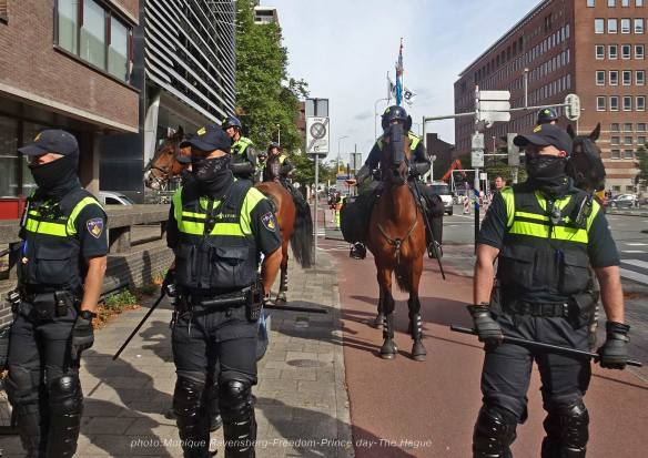 Freedom-210921-The-Hague-police-army