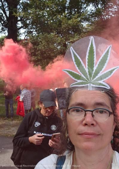 Freedom-210921-The-Hague-selfie-seriues