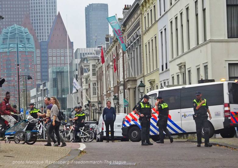 Freedom-210925-The-Hague-police-31