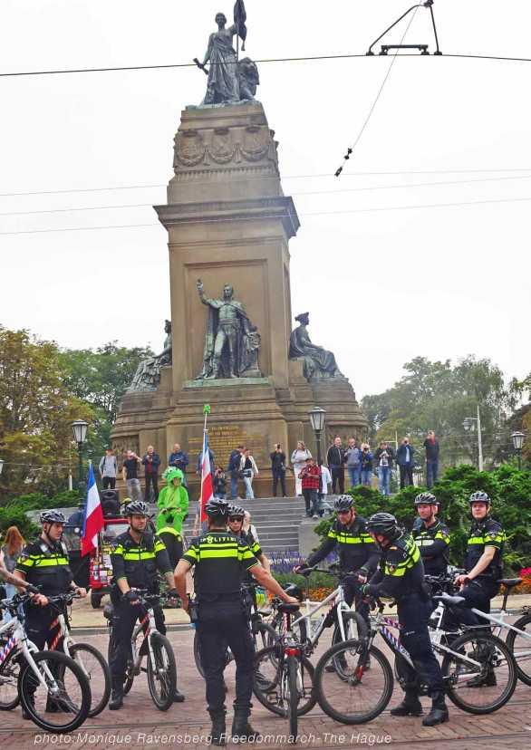 Freedom-210925-The-Hague-Police-bike