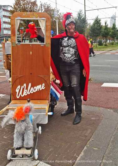 Freedom-210925-The-Hague-puppet-28