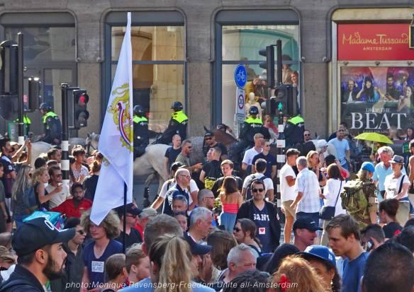 Freedom-Unite-210905-Dam-police-horse