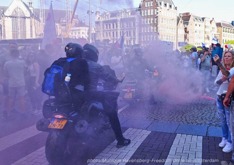 Freedom-Unite-210905-motor-holy-smoke