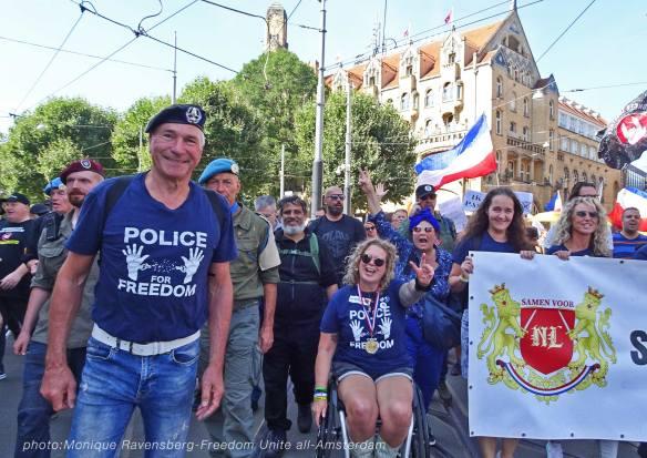 Freedom-Unite-210905-walk-Abe-misha