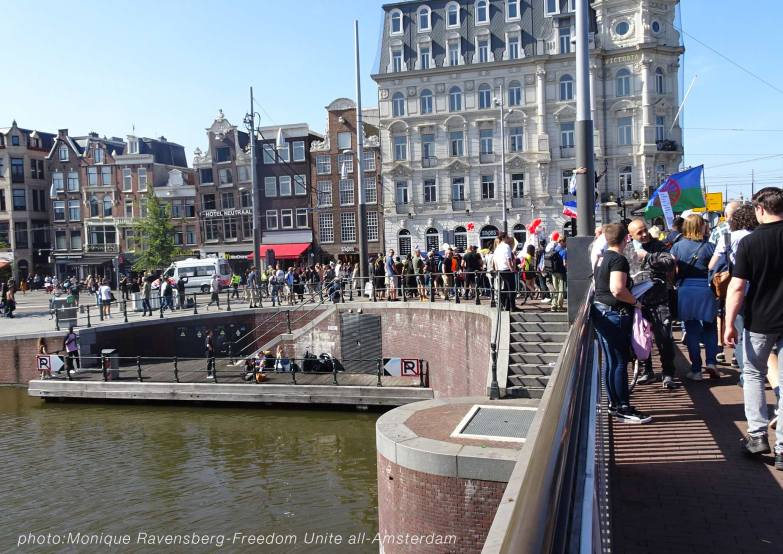 Freedom-Unite-210905-walk-bridge4