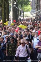 Freedom-Unite-210905-walk-crowd