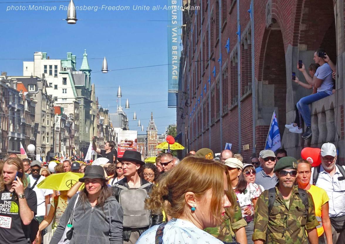 Freedom-Unite-210905-walk-Dam