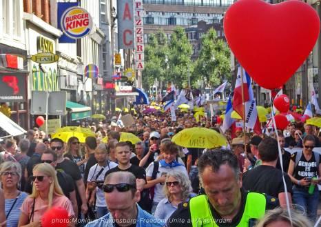 Freedom-Unite-210905-walk-peoples