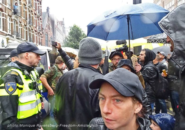 Freedom-211003-A'M-walk-police-press